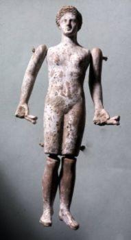 Dancing Terracotta Roman Male Dolls He Is Also Holding Casanets. Antiikin Rooma, Antiikin Historia, Statues, Kuvanveisto, Historia, Pelaaminen