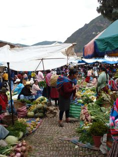 A farmers market like nothing I've ever seen before... Peru!  #ridecolorfully