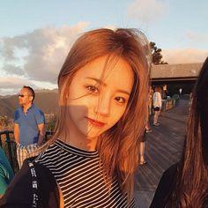 Hyeri - Girl's Day Lee Hyeri, Girl's Day Hyeri, Kpop Girl Groups, Korean Girl Groups, Kpop Girls, Dramas, Girl Sday, Female Singers, South Korean Girls