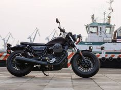 Moto Guzzi V9 Bobber, la oveja negra de la familia Moto Guzzi, Guzzi V9, V9 Bobber, Motorcycle, Bike, Vehicles, Black Sheep, Motorbikes, Black