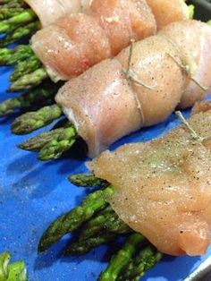 Freezer Friendly Meals: Chicken wrapped Asparagus