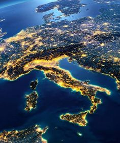 Italy from the International Space Station Earth At Night, Planets, Cool Pictures, Nature Photography, My Photos, Beautiful Places, Heaven, Clouds, River