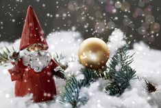 What Is There to Enjoy About Christmas? Christmas Fun Facts, Cool Christmas Trees, Noel Christmas, Christmas Pictures, Christmas Bulbs, Christmas Cards, Christmas Ideas, Harry Winston, New York Noel