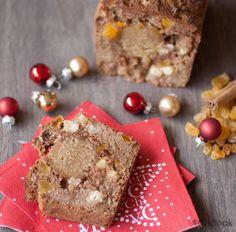 Kerstbrood van amandelmeel. Een gezonde variatie op het traditionele kerstbrood (of kersttol) gemaakt van amandelmeel en kokosolie.