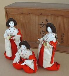 Japanese Antique Hina Doll Ladies in Waiting Dolls Hina Dolls, Kokeshi Dolls, Art Dolls, Japanese Geisha, Japanese Girl, Vintage Japanese, China, Matsuri Festival, Hina Matsuri