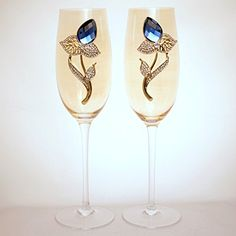 Golden Glass Champagne Flutes Sage Green August Peridot Birthstone Flower Bud with White Crystal Rhinestone Leaves Set of 2 >>> Find out more about the great product at the image link. Turquoise Birthstone, Sapphire Birthstone, Wedding Champagne Flutes, Champagne Glasses, Aquamarine Crystal, Light Amethyst, Flute Glasses, Blue Zircon, Crystals And Gemstones