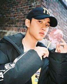 d.o aesthetic. d.o icons. d.o aesthetic icons. d.o exo aesthetic. d.o dark icons. Kyungsoo, Chanyeol, Exo Korean, Korean Boy, Exo Ot12, Kaisoo, Two Worlds, W Korea, Exo Lockscreen