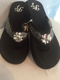 8921c22b276cf3 Silver With Silver Flower Bling Flip Flops sunset beach sandals comfortable  10