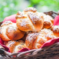 Portuguese Sweet Bread Rolls - delicious sweet, flaky bread rolls. These rolls are simple to make and they turn out beautiful and delicious.