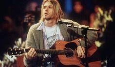 """Frances Bean Cobain hatte vor einigen Monaten nach knapp zwei Jahren Ehe die Scheidung von Isaiah Silva eingereicht. Medien berichten, weigere sich dieser nun, eine Gitarre herauszurücken, die einst ihrem Vater Kurt Cobain gehört hatte. Der 31-jährige Frontmann der Band The Eeries habe die Martin D-18E, die Cobain bei den Aufnahmen des """"MTV Unplugged""""-Konzerts spielte, als Hochzeitsgeschenk von Frances Bean erhalten. Sie hatte die Akustikgitarre von ihrer Mutter Courtney Love geschenkt…"""