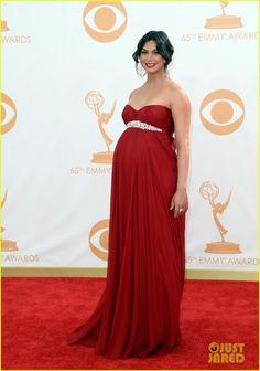 Wallis pregnant with Arabella
