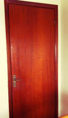 RESERVADO - Porta completa. 70cm R$20,00