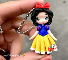 1 million+ Stunning Free Images to Use Anywhere Sculpey Clay, Polymer Clay Figures, Cute Polymer Clay, Cute Clay, Polymer Clay Projects, Quilling Dolls, Clay Center, Diy Clay Earrings, Christmas Hair Bows
