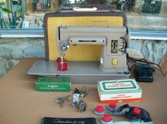 Working 1953 Singer 301A Sewing Machine With Case and Attachments