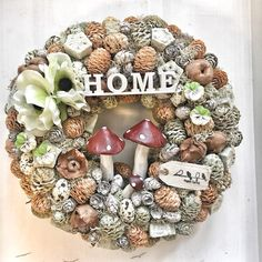 All Things Christmas, Pine Cones, Christmas Wreaths, Seasons, Autumn, Holiday Decor, Floral, Flowers, Crafting