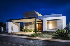 Дома в стиле модерн от ADI / arquitectura y diseño interior