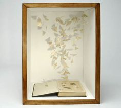 Wow - this is so cool! How do they get the paper to stay up like that! #words #inspiration #English #word_art