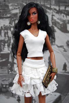 All-white party Barbie Fashion Royalty Dolls, Fashion Dolls, Fashion Outfits, Barbie Dress, Barbie Clothes, Accessoires Barbie, Manequin, Barbie Mode, Diva Dolls