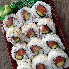 Cute Food, I Love Food, Yummy Food, B Food, Food Porn, Healthy Snacks, Healthy Recipes, Sushi Recipes, Fat Foods