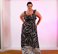 Maxi Dress in leaf print.  Perfect for a day at the beach to a night on the town. www.annafesta.com