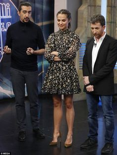 Alicia Vikander displays killer legs in feminine frock  in Madrid | Daily Mail Online