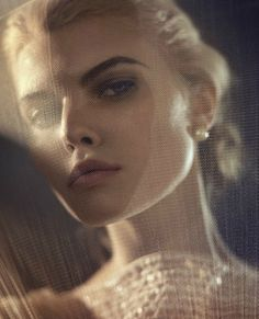 Siempre Grace   Maryna Linchuk by Vincent Peters for Vogue España January 2012