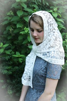 Evintage Veils Cream White Floral Lace Vintage Inspired Lace