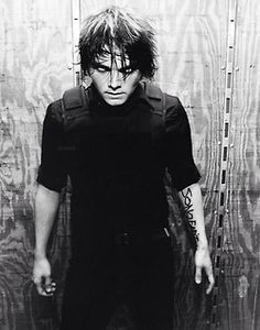 Gerard Way | Fuck, he looks damn dangerous here. I wouldn't want to get on his bad side