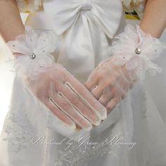 期間限定 セール ウエディンググローブ 人気ショートレースグローブ 花 オフホワイト ウェディングドレスにコーディネート GL71261-YS 手袋 Gloves, Leather, Dresses, Fashion, Vestidos, Moda, Fashion Styles, Dress, Fashion Illustrations