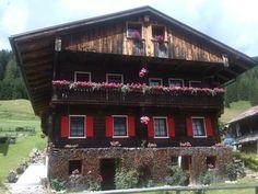 Vecchia casa in legno a Sappada