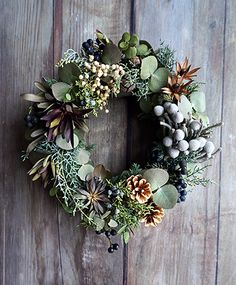 Image of such a day of Siberian kezuki Dried Flower Wreaths, Wreaths And Garlands, Holiday Wreaths, Dried Flowers, Holiday Decor, Green Wreath, Deco Floral, Christmas Flowers, Rustic Christmas