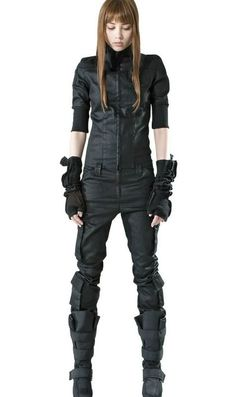 Possible Von non-uniform outfit. Or potential other character outfit -Z  Post apocalyptic dress