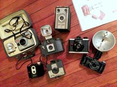 A whole lot of vintage camera love