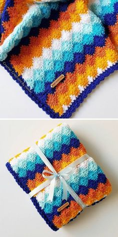 Isn't this blanket amazing? Color combination is simply stunning, because they compliment each other beautifully. Scrap Yarn Crochet, Crochet Quilt, Crochet Bebe, Crochet For Boys, Tapestry Crochet, Crochet Blanket Patterns, Crochet Stitches, Knit Crochet, Crochet Blankets