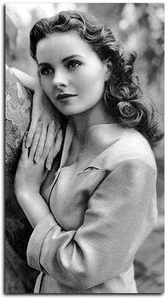 Jeanne Crain ~ Glamour and Beauty, She'll Always Be 'The Girl With The Hoe', Leave Her To Heaven, Love This Movie!