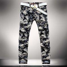 2015 nueva moda Floral impresión Men Jeans rectos Slim Fit lápiz pantalones  de mediana altura algodón de gran tamaño 36 Jeans hombres en Pantalones  vaqueros ... 46ea8a709f6