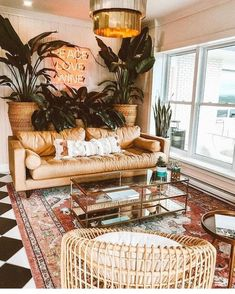 Living Room Decoration Ideas For The Black And White Lovers Bohemian Living Rooms, Chic Living Room, Cozy Living Rooms, Living Room Bedroom, Interior Design Living Room, Living Room Designs, Apartment Living, Bohemian Apartment, Apartment Plants