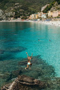 HBGOODIE Cinque Terre / Monterroso / Manarola / Italian summer on the coast. #wanderlust #travel #inspo #style #swimsuit #blue