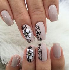 50 beautiful floral nail designs for spring 35 Gel Toe Nails, Manicure And Pedicure, Fabulous Nails, Perfect Nails, Cute Nails, Pretty Nails, Ongles Beiges, Summer Toe Nails, Nagel Gel