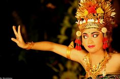 Legong dance is a classical Balinese dances are very popular
