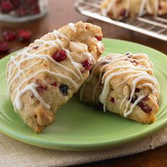Petite White Chocolate Cranberry Scones (#GlutenFree)