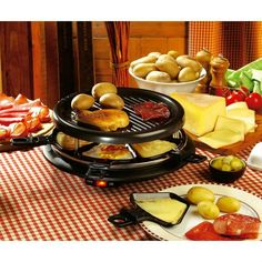 Une jolie table pour passer une bonne soirée raclette entre amis #racletteàski