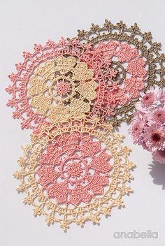 Crown of hearts crochet doily - 3 color combinations - <3 <3 <3