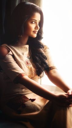 Most Beautiful Share the beauty and love Indian Film Actress, South Indian Actress, Indian Actresses, Stylish Girls Photos, Girl Photos, Most Beautiful Indian Actress, Beautiful Actresses, Anupama Parameswaran, Beautiful Girl Photo