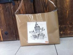 City of London varnish  bag by DEERBAGS on Etsy London City, Handmade Bags, Paper Shopping Bag, Deer, Trending Outfits, Unique Jewelry, Etsy, Handmade Handbags, Costume Jewelry