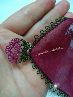 A must if not close Yakın # igneoyasi # needlepoint - Tatting Ideen 2019 Needle Tatting, Tatting Lace, Needle Lace, Drops Design, Crochet Unique, Dresses Elegant, Denim Purse, Hairpin Lace, Lacemaking