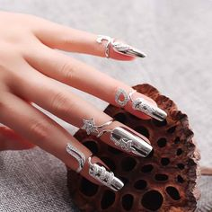 Retro Flower Fingernail Ring 925 Sterling Silver Cocktail Ring For Women