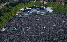 Take a bow Leicester City Football Club fans.  (The turn around in title parade)