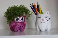 kitty,diy-Cat planters (or storage pots) from plastic bottles Plastic Bottle Planter, Plastic Bottle Crafts, Diy Bottle, Recycle Plastic Bottles, Recycled Bottles, Recycled Crafts, Diy And Crafts, Crafts For Kids, Arts And Crafts