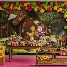 Masha Et Mishka, Marsha And The Bear, Red Riding Hood Party, Bear Party, Bear Birthday, Tumblr Wallpaper, Party Time, Baby Gifts, Birthdays
